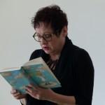 """Barbara van den Speulhof liest aus ihrem Buch """"Schutzengel Valentina von Wolke 17"""" vor."""